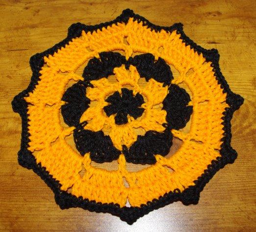 Free Easy Halloween Crochet Patterns : PatternLinks.com - Free Crochet Patterns Seasonal ...