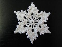 Bells, Flakes, and Tree Skirt Edging: Snowflake C