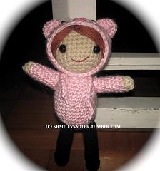 AMIGURUMI - Seanna, the girl in the pig happy hoodie